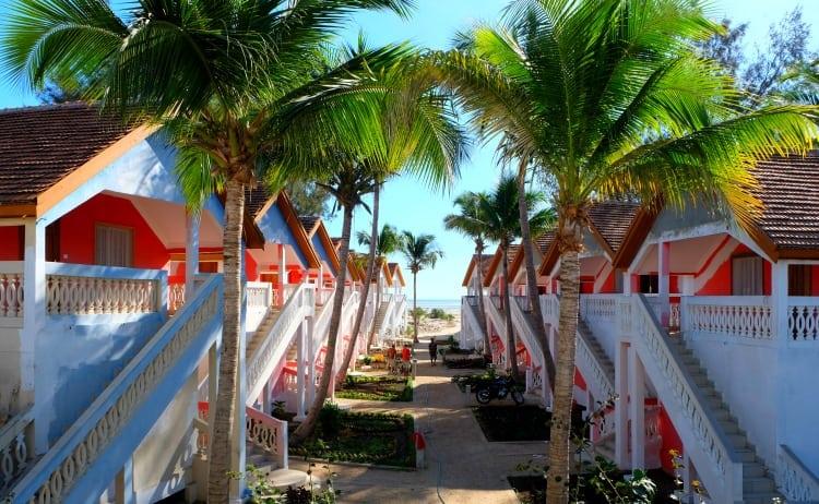 hotel le sun beach morondova