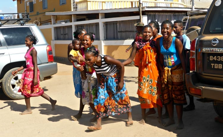 Image of Malagasy ladies in Belo, Madagascar