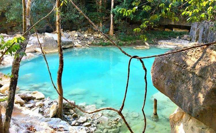 Image of turquoise pool in Madagacsr
