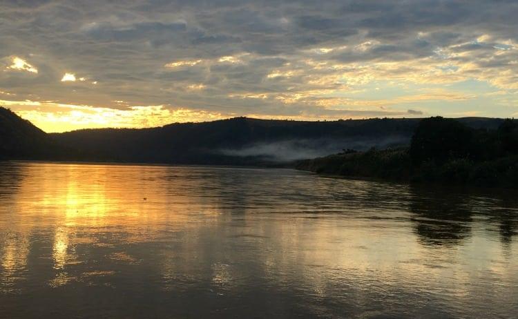 Image of sunset on Tsiribhina River