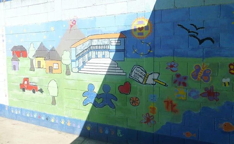 Mural at Niños de Guatemala, school in Cuidad Vieja, Antigua in Guatemala