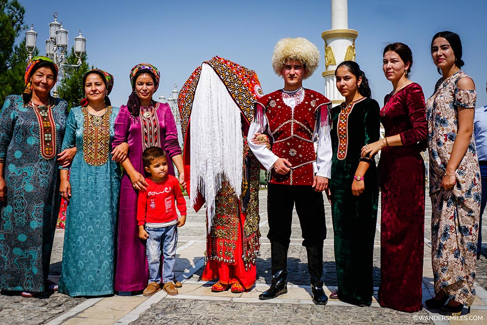 Wedding celebrations at the Independence Monument of Turkmenistan in Ashgabat. © Wanders Miles