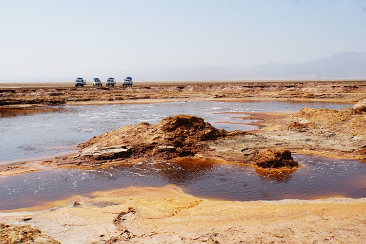 Sulphur and potassium pool in the Danakil Depression