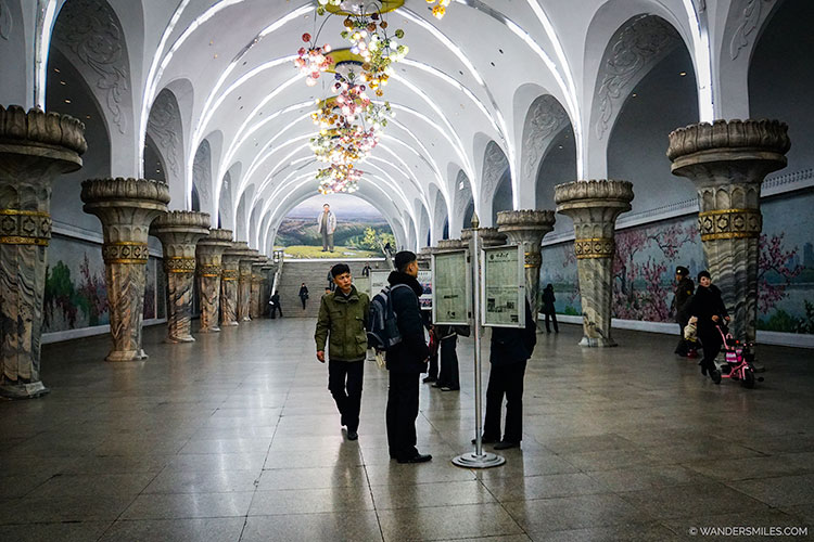 Glory Station of the Pyongyang Subway - Things to see in Pyongyang