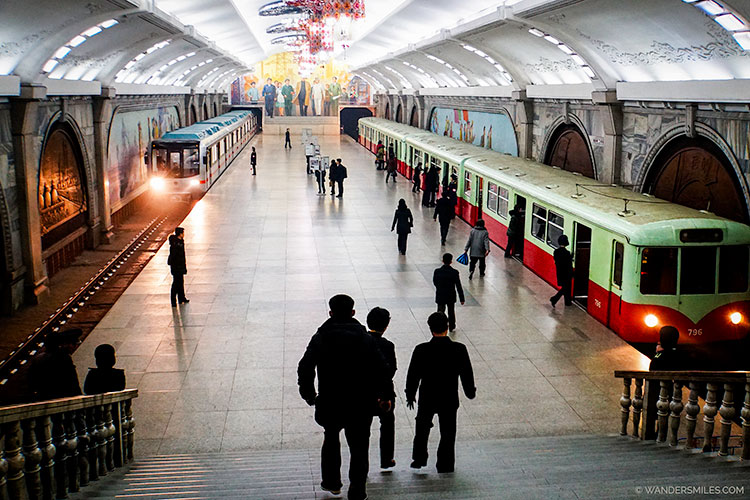 Prosperity Station of the Pyongyang Subway - Things to see in Pyongyang