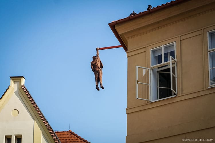 Sigmund Freud - Man Hanging by David Černý - Getting arty in Prague