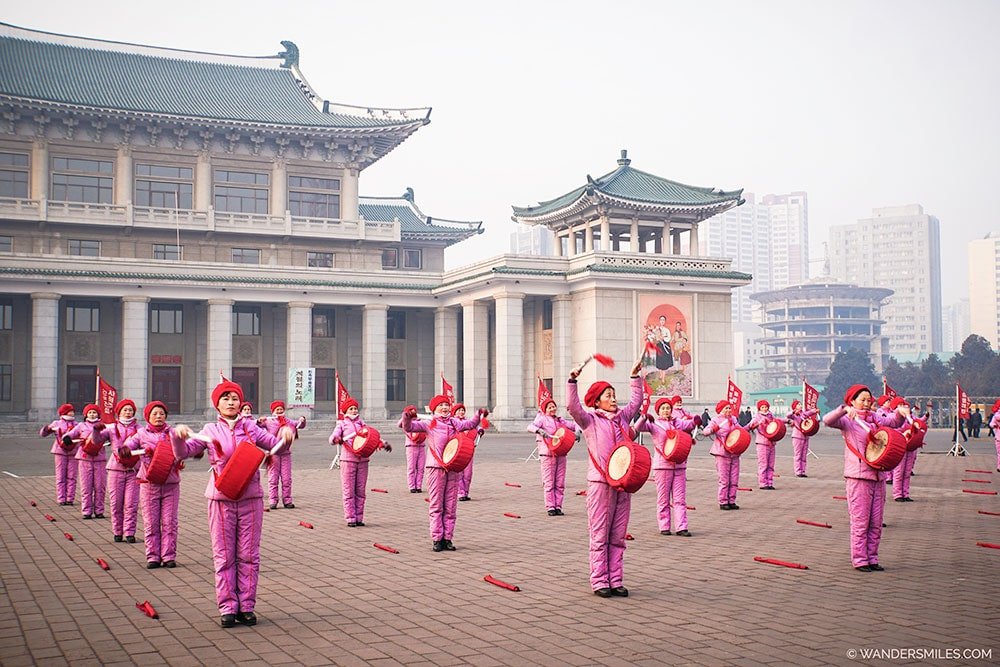 Socialist Women's Union performing in front of the Grand Theatre in Pyongyang - Things to see in Pyongyang