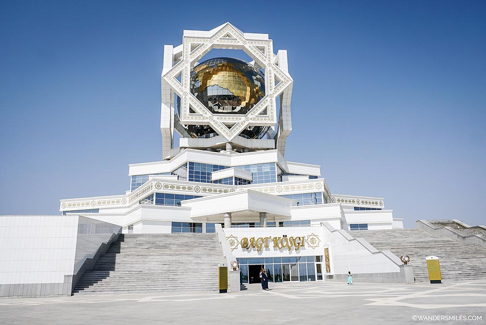 Palace of Happiness in Ashgabat, the white marble city in Turkmenistan. © Wanders Miles