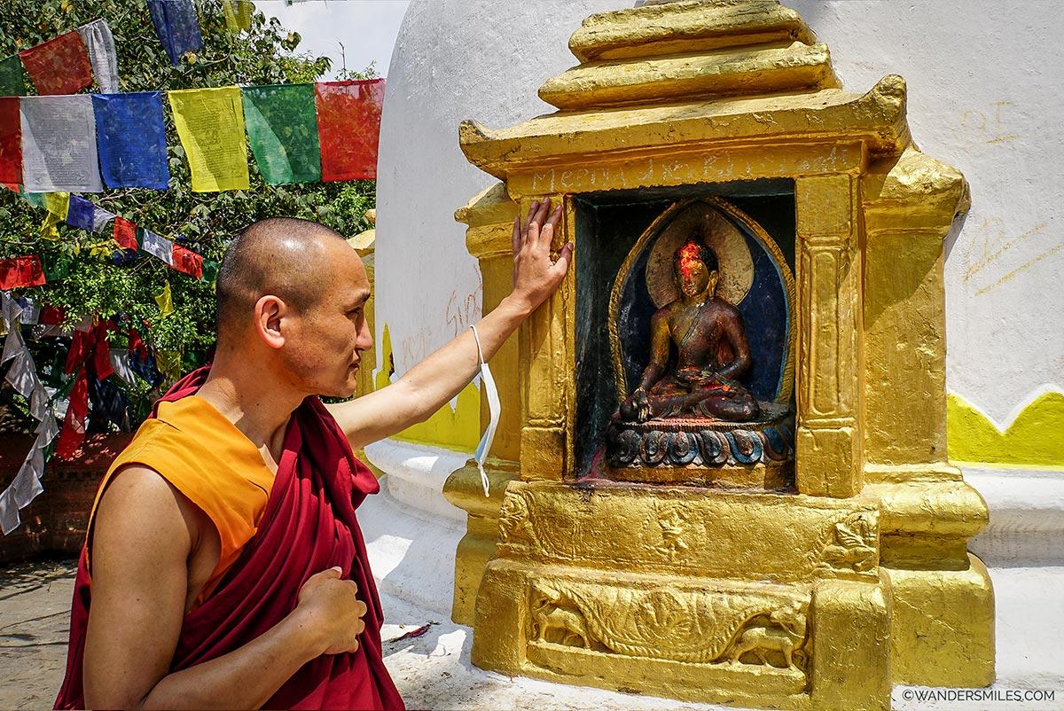 Monkey Temple Tour with a Monk in Kathmandu via Backstreet Academy