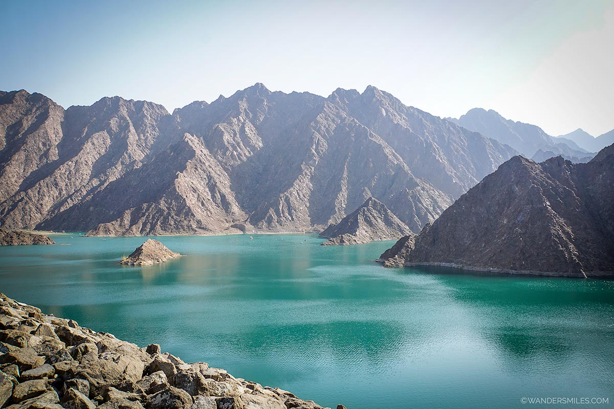 Turquoise waters of Hatta Dam Lake in the UAE. Perfect spot to go kayaking