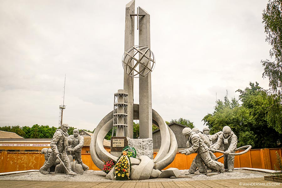 Monument to the Chernobyl firefighters
