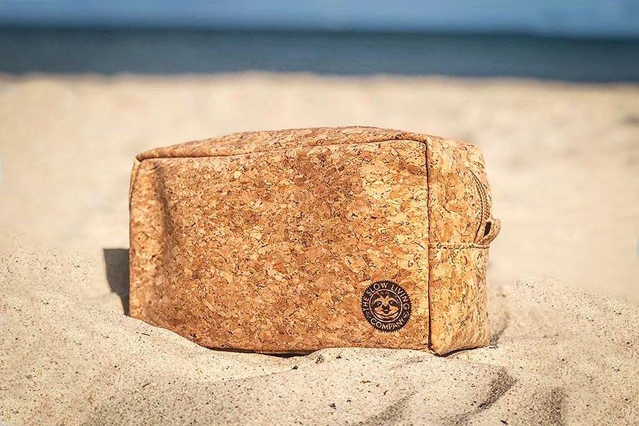 Sustainable cork travel bag