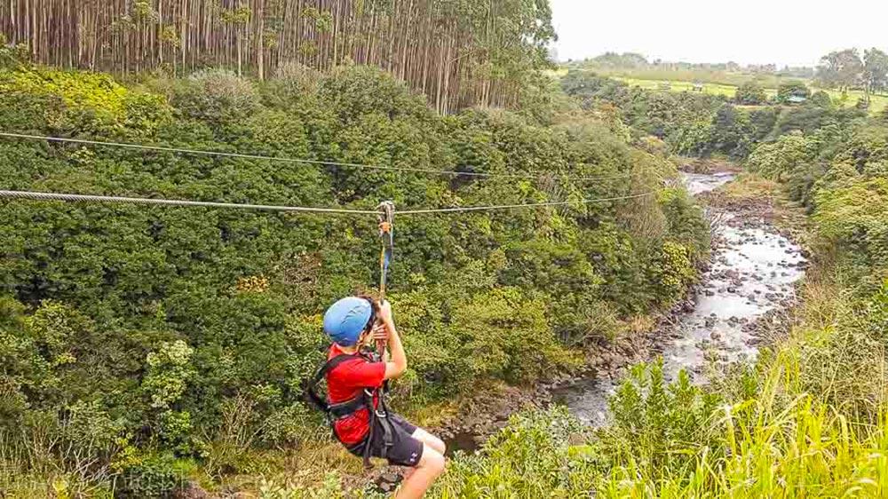 Umauma Falls experience - zipline in Hawaii