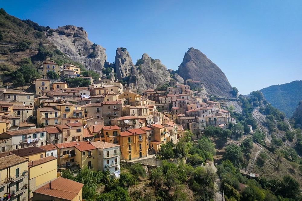 Zipline over Castelmezzano in Italy