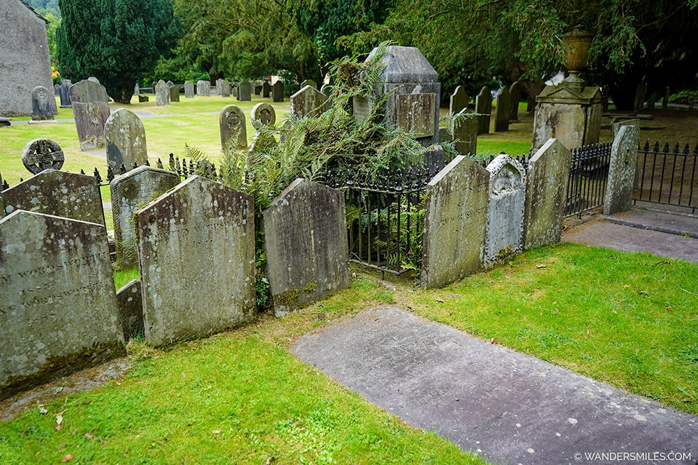 Wordsworth grave in Grasmere